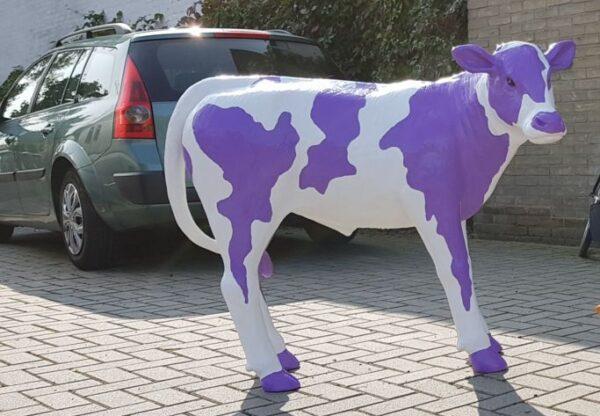 Beeld van een milka chocolade koe