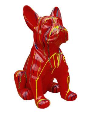 Kunststof beeld van een rode franse bulldog