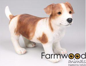Mooi beeldje van een bruine jack russel hond