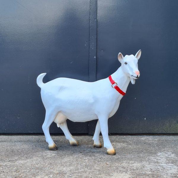 Polyester beelden geitjes voor buiten kopen en tuinbeelden