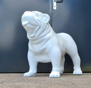 Polyester hondenbeelden, beeld bulldog wit