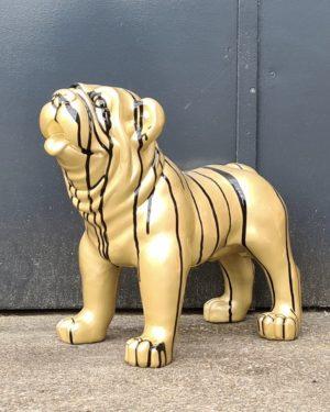 Beeld van een hond kopen. Engelse Bulldog, kalf, koe kopen bij Vrolijke beelden in Almelo