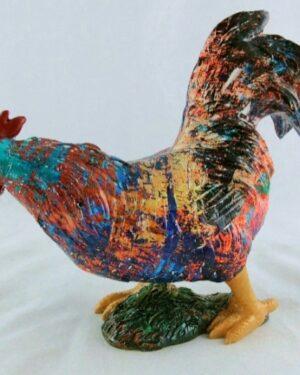 Beelden van keramiek in mooie kleuren