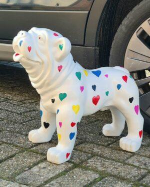 Beschilderde en gekleurde beelden van bulldogs